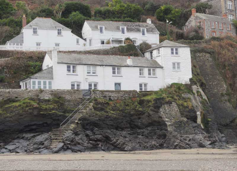 Doc martin port isaac cornwall walking tour map directions for Martins fish house